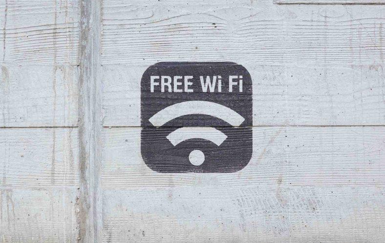 doi mat khau wifi