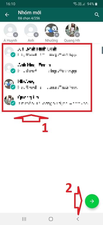 Chọn liên hệ muốn thêm vào nhóm whatsapp