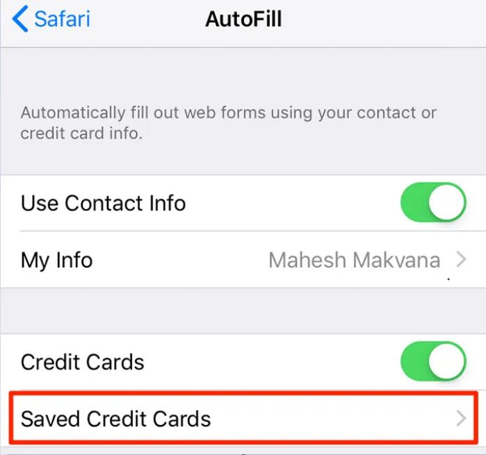 Chọn thẻ liên hệ của bạn để thêm thông tin cá nhân của bạn vào Keychain