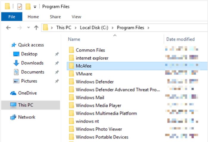 chọn McAfee và nhấn phím Delete