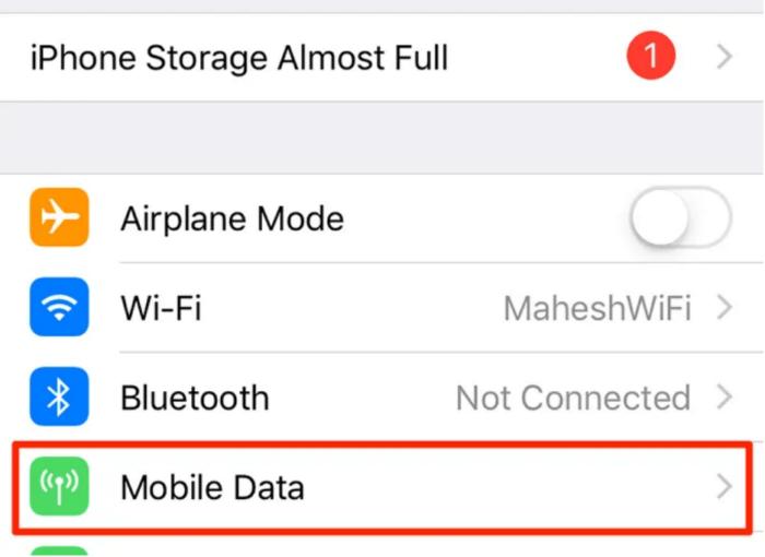 Turn off WiFi hotspot on iPhone