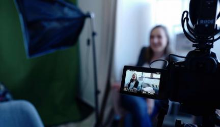 Top 5 Camera tốt nhất cho vLog | Máy quay làm Youtube 2020