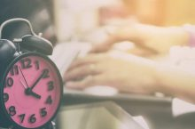 Những thói quen xấu hằng ngày ảnh hưởng đến giấc ngủ của bạn